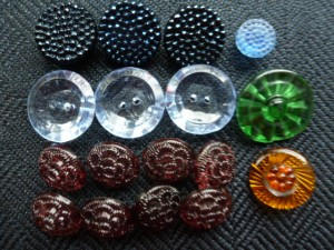 buttons 106