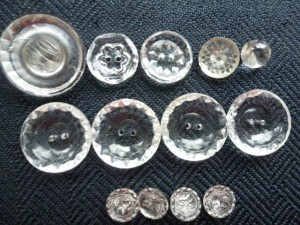 buttons 107